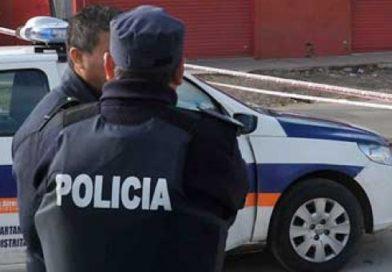Un policía internado por covid y ocho efectivos del destacamento Los Pozos, aislados.