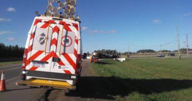 Camión cargado con23 toneladas de gas butanovolcó en la Ruta 205.